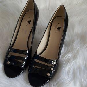 Shoes - BRAND NEW Black Patent Heels